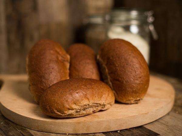 VOLKOREN PUNTJE - in Brood
